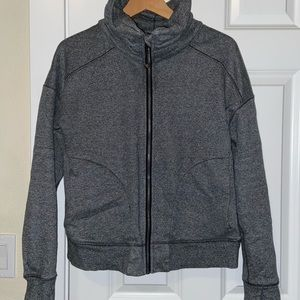 Medium gray lululemon zip slouch collar 8